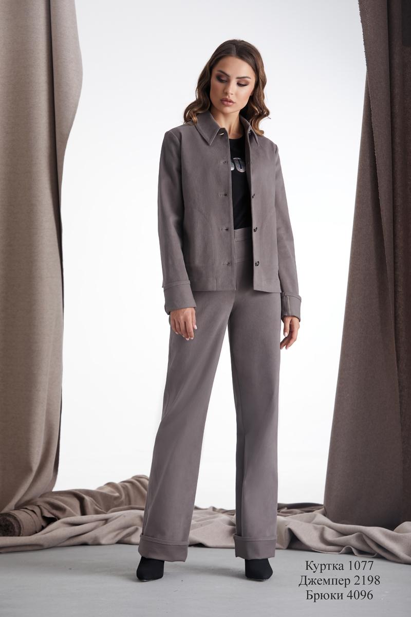 куртка 1077 / джемпер 2198 / брюки 4096
